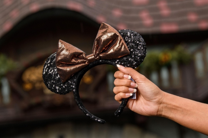 BREAKING: New Belle Of The Ball Bronze Color Collection Coming to Disney Parks